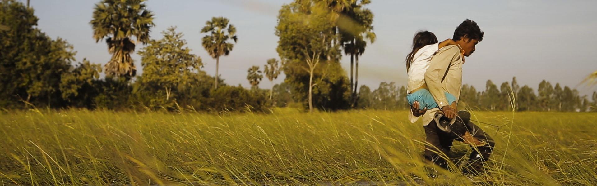 Fotograma del documental Break in. The story of a Cambodian street child.